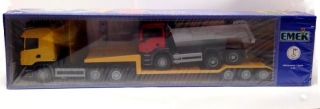 EMEK Scania Low Loader With Man 30443 1:25